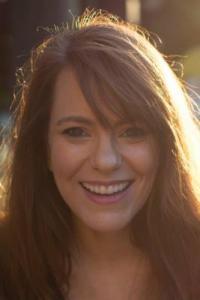 Lara Nettelfield